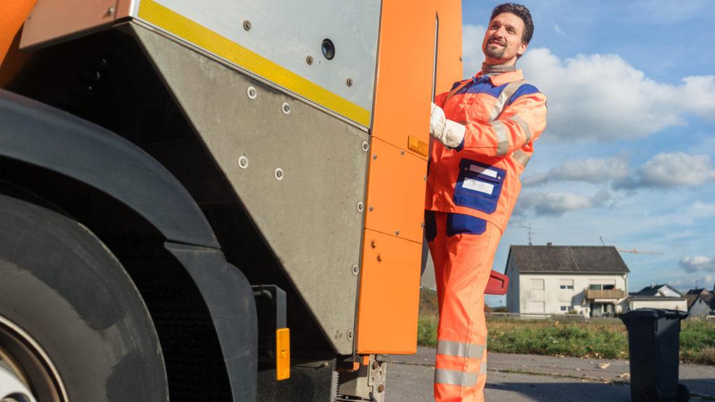 Ideale per la gestione ambientale - Event Surveyor - dispatcher di servizi e tracciamento veicoli